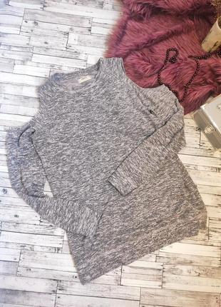 Кофта теплая свитер с открытыми плечами