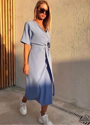 Плаття блакитного кольору ,гарна якість