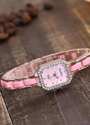 Женские часы mcykry