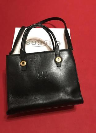 Базовая сумка из плотной кожи