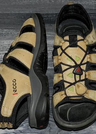 Ecco offroad ! оригинальные, стильные,кожаные невероятно крутые босоножки