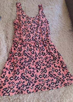 Плаття у леопардовий принт