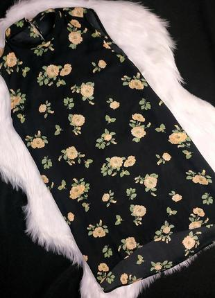 Чёрная блуза в цветах atmosphere