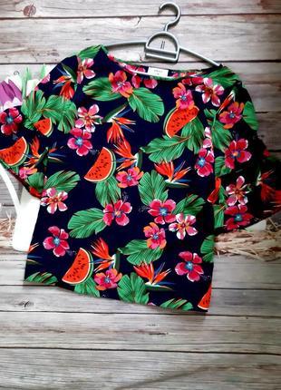 Самая красивая яркая блузка