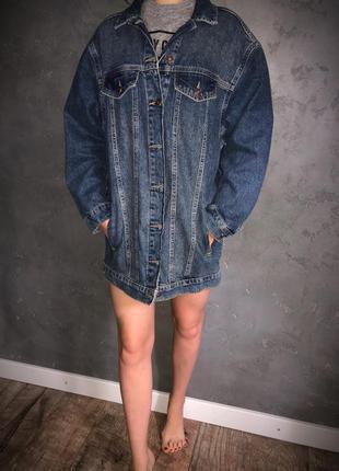 Удлинённый, стильный джинсовый пиджак оверсайз, длинный жакет, джинсовка