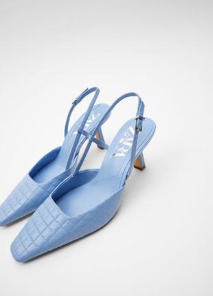 Туфли-мюли на среднем каблуке