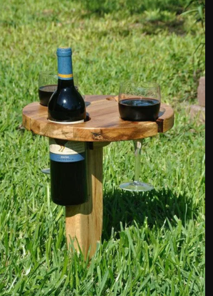 Стол пикник вино