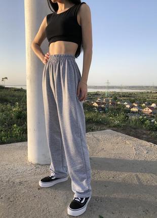 Новые серые спортивные летние штаны прямого кроя на высокой талии