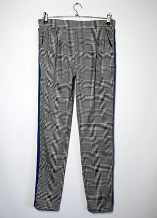 Зручні брюки штани в клітинку, з лампасами