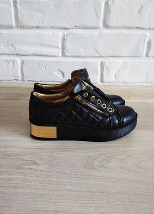 Ботиночки на толстой подошве