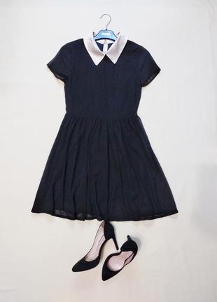 Кокетливое платье с белым воротничком xs-s