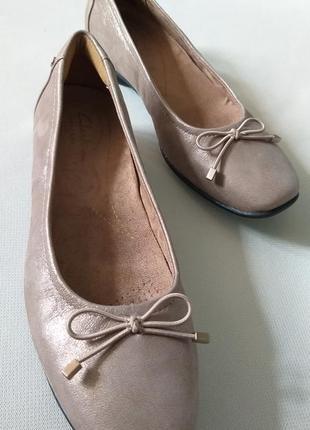 Кожаные туфли clarks artisan размер 36-37