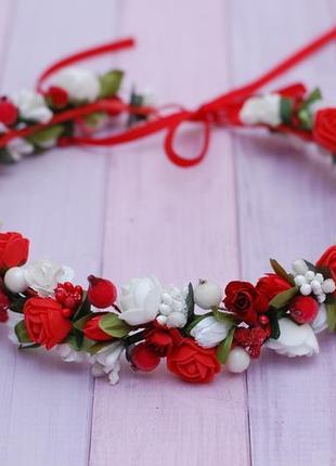 Веночек с цветами бело-красный