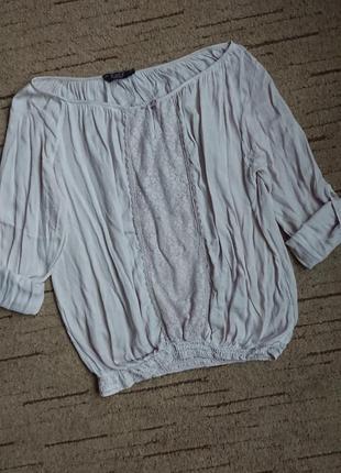 Легкая блузка свободного силуэта envy (дания) c кружевом, широкий вырез на резинке р.l-xl