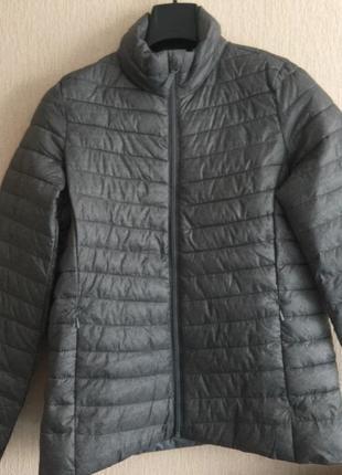 Курточка у