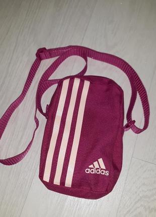 Adidas мессенждер