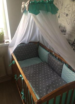 В детскую кроватку