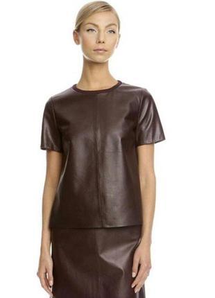 Кожаный костюм топ и юбка