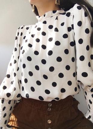Актуальна блуза в горошок від zara