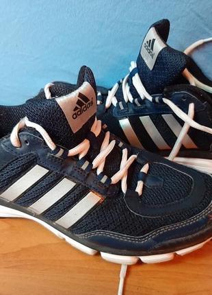 Adidas кроссовки