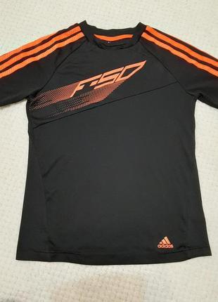 Спортивная ластиковая футболка adidas  р.134-140 (9-10 лет)