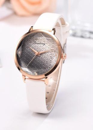 Женские часы dicaihong future