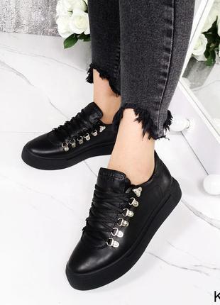 Новые женские кожаные чёрные кроссовки