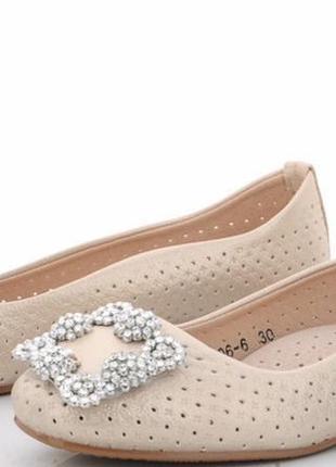 Туфли для девочек новые