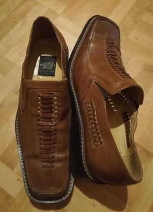 Новые итальянские туфли 43 размер