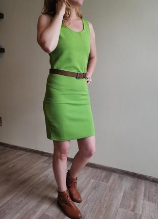 Зеленое платье incity