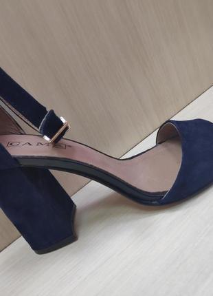 Шикарные заммшевые босоножки на высоком каблуке, украина 🇺🇦