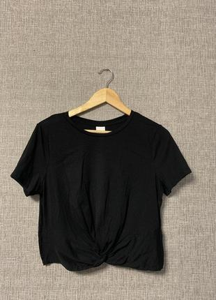 Базовый топ футболка с узлом