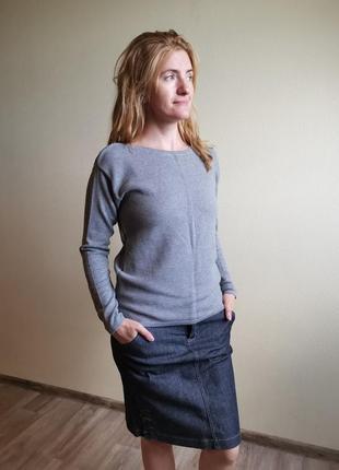 Серый джемпер пуловер