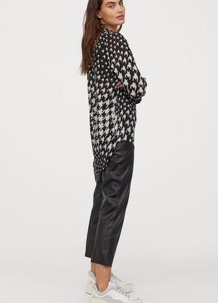 Стильна шифонова блуза h&m принт гусяча лапка рубашка гусиная  richard allan