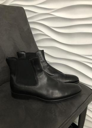 Tod's брендові шкіряні черевики