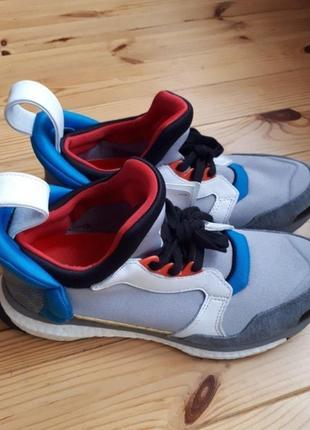 Кроссовки adidas blue boost originals.
