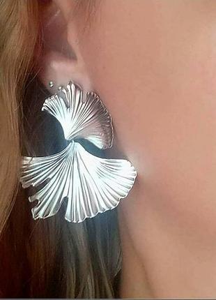 Серьги в стиле zara сережки серебро винтаж цветочек