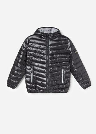 Стеганная черная куртка на мальчика 116