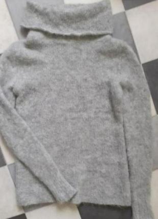 Серый мягкий мохеровый свитер с высоким горлом италия