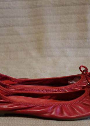 Очаровательные мягкие кожаные балетки вишневого цвета eva lopez испания. 37 р. ( 23 см.)
