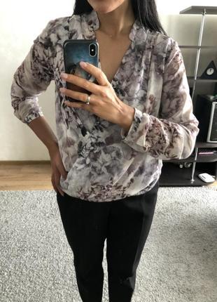 Красивая блуза блузка h&m.
