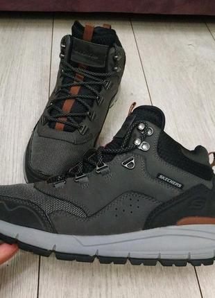 Ботинки skechers рр 42