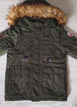 Зимова куртка на хлопчика 104/110.на овчині.дуже тепла.