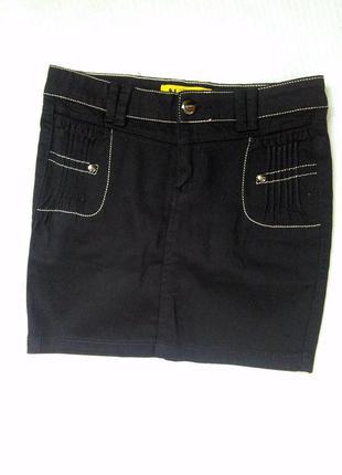 Стильная базовая юбка с карманами выше колен xs,  s