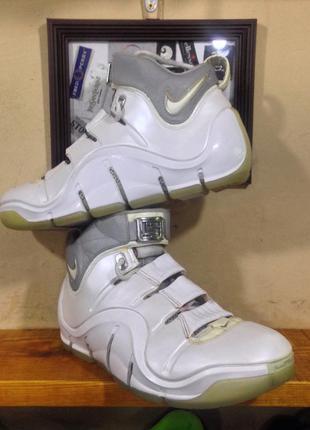 Баскетбольные кроссовки nike zoom lebron |v