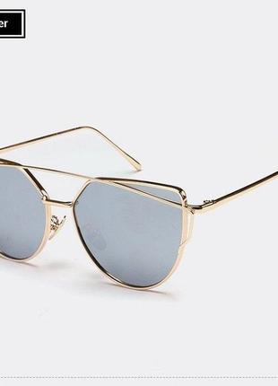 Солнцезащитные очки с металлической золотой двойной рамой и серебряной зеркальной линзой