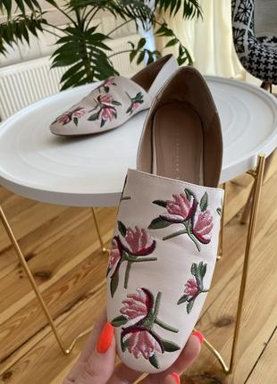 Мягкие очень удобные туфельки zara без каблучка