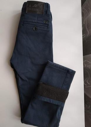 Штаны джинсы теплые  на флисе в школу для мальчика