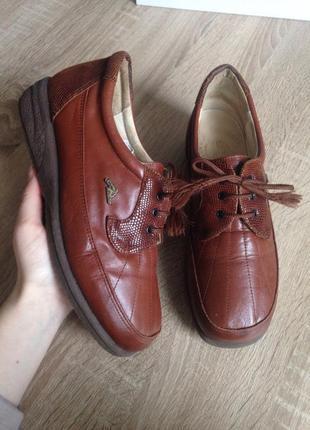 Natur läufer 38 р туфлі,черевички/ кожа кроссовки, туфли,розмір 38. німеччина.