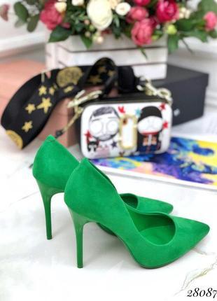 Туфли замшевые comer зелёные лодочки на каблуке
